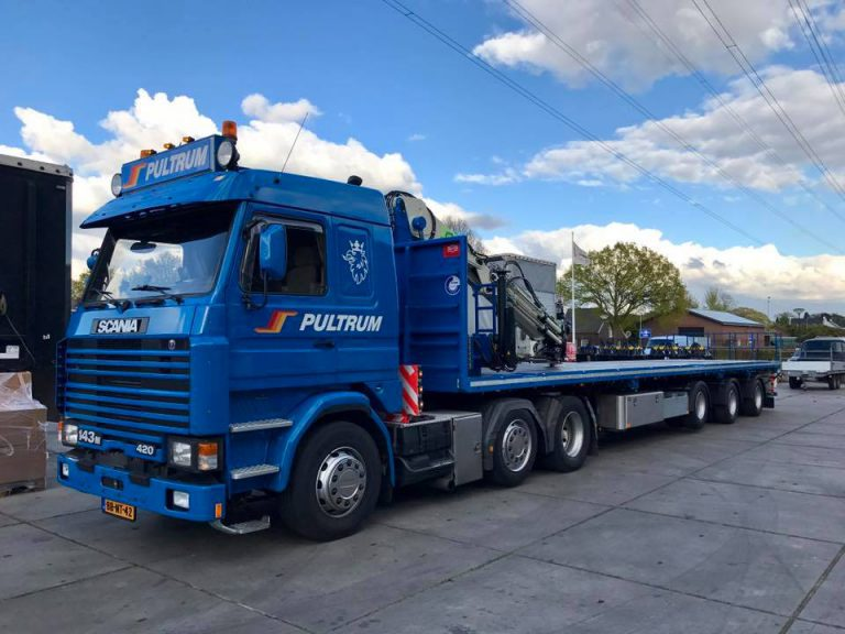 Pultrum profits from practical extra low and multifunctional Pacton crane semi-trailer