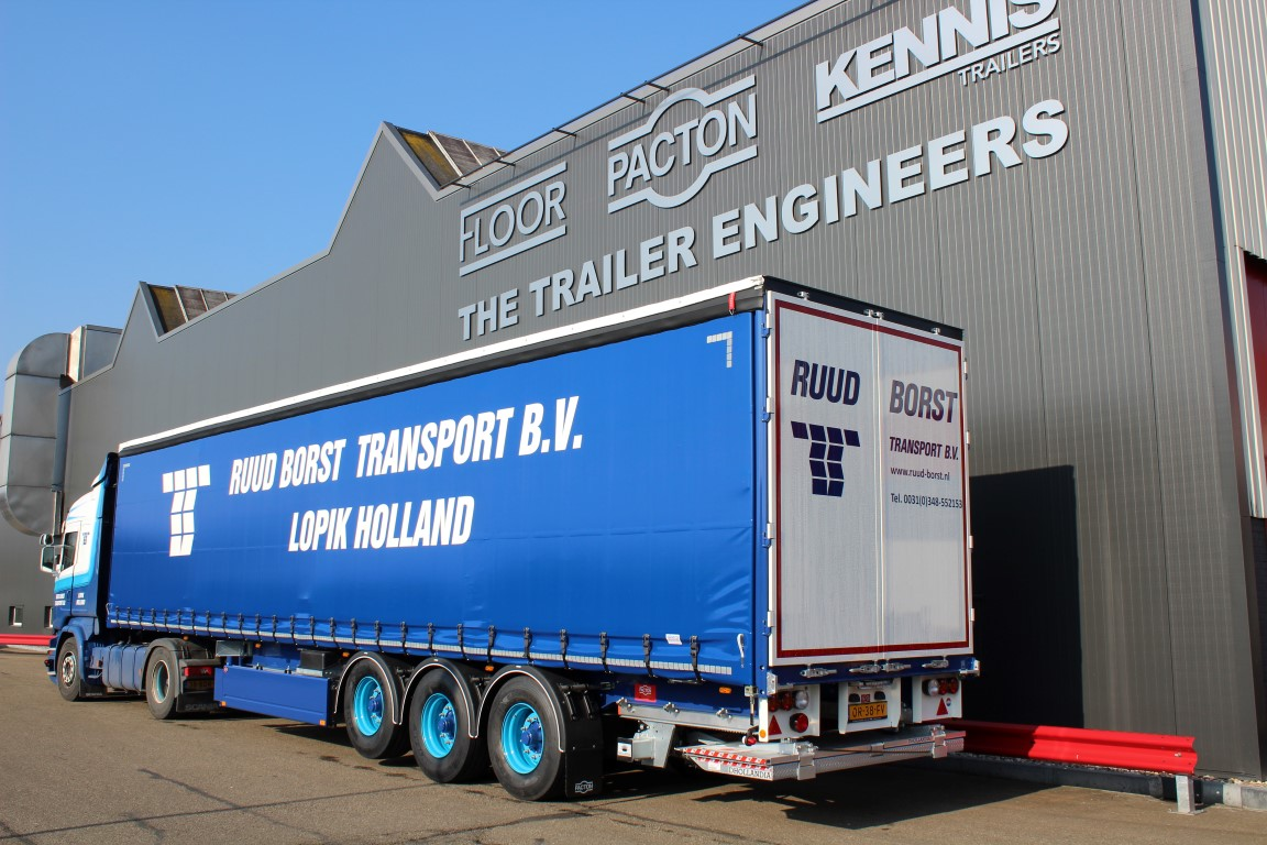 RUUD BORST TRANSPORT GOES FOR PACTONS WITH COIL DUCT AND LIFT