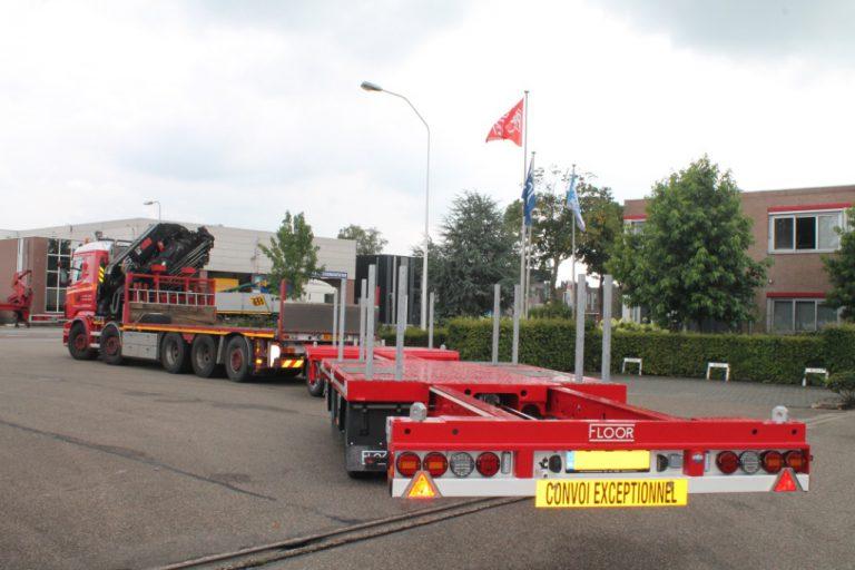 3-assige uitschuifbare FLOOR aanhangwagen voor Transportbedrijf Hak uit Ridderkerk