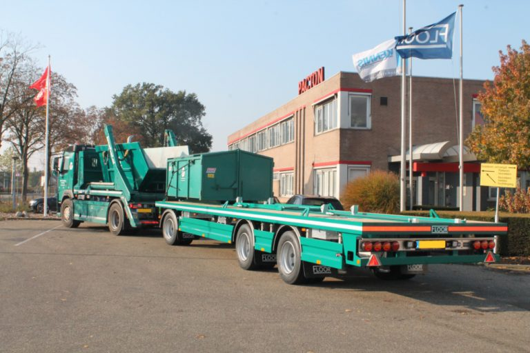 Floor drawbar trailer for transport container