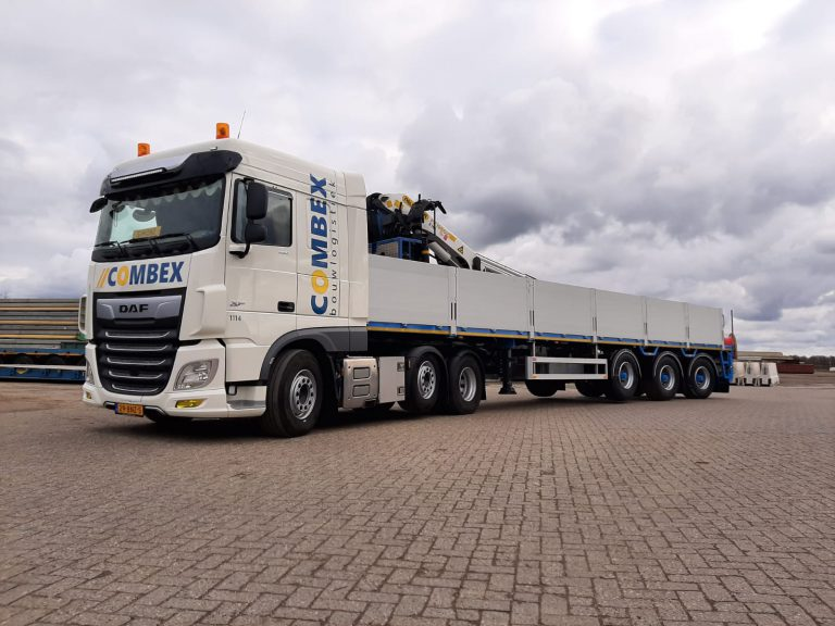 COMBEX RENEWS CRANE SEMI-TRAILER WITH PACTON