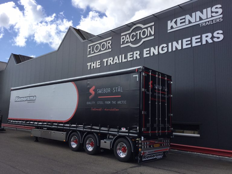 RIEMERSMA WEEKLY TO SCANDINAVIA WITH LAVISHLY EXECUTED PACTON SEMI-TRAILER