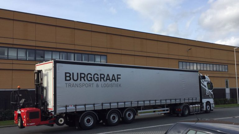 QUARTETT PACTON AUFLIEGER DOCH ALS AUSBREITUNG BEI BURGGRAAF