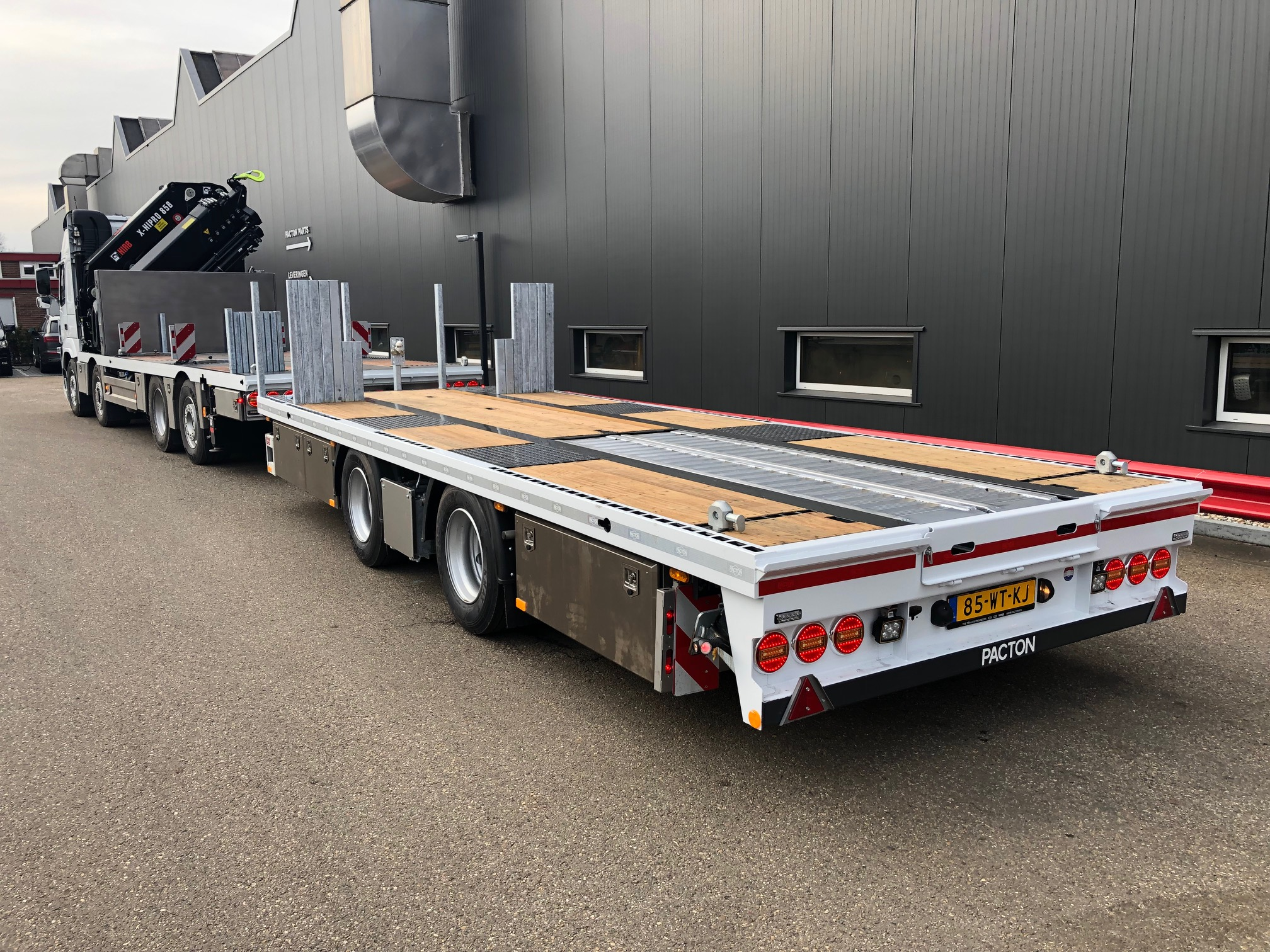 OPTIMAL UTILISABLE PACTON CENTRE AXLE DRAWBAR TRAILER FOR SIERS OLDENZAAL