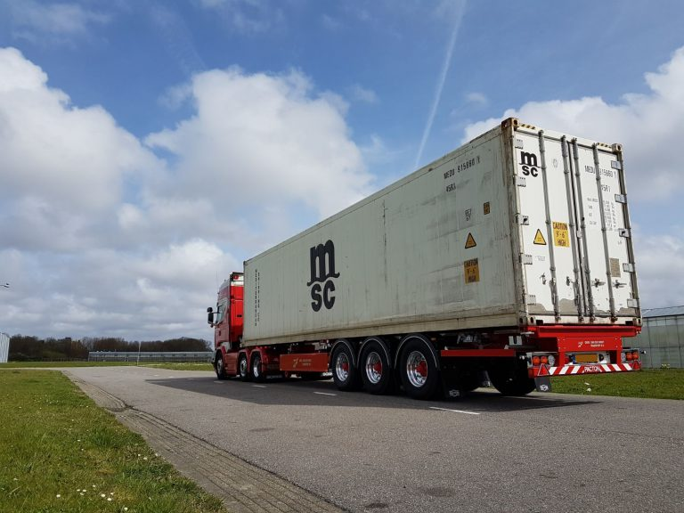 Van der Windt brothers deploy from Pacton, Ommen,  eight new container chassis.
