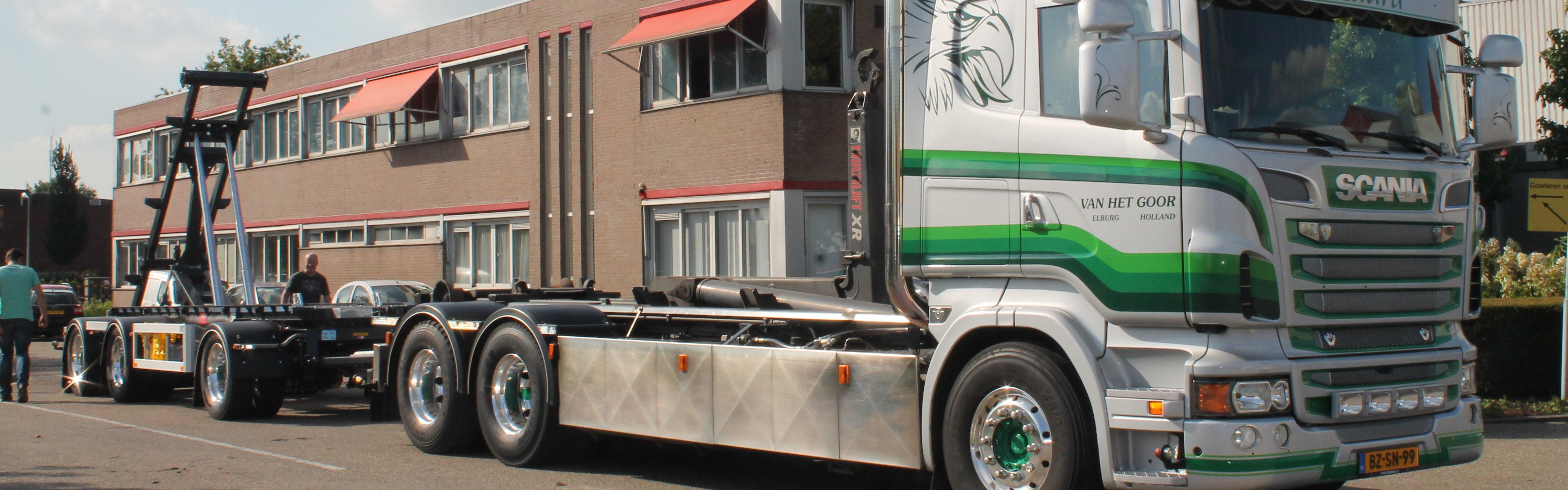 FLOOR S-LINE Kippanhänger für Absetzcontainer